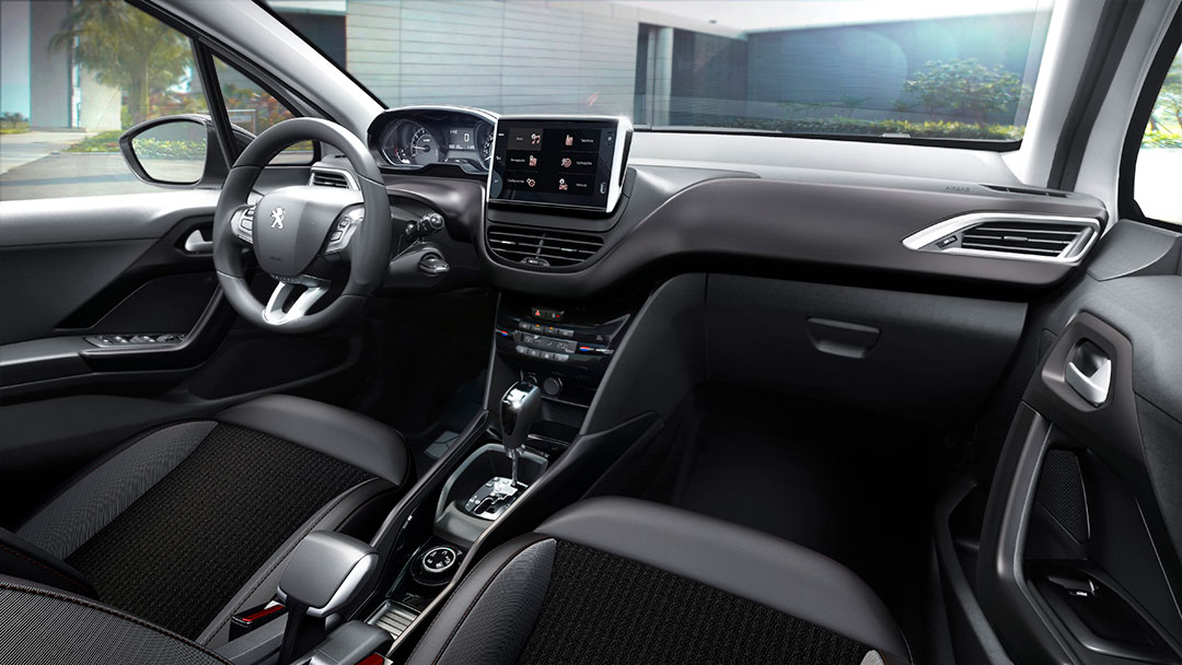 Peugeot-2008_INTERIOR_N3_GRIFFE_THP_BRA_AT