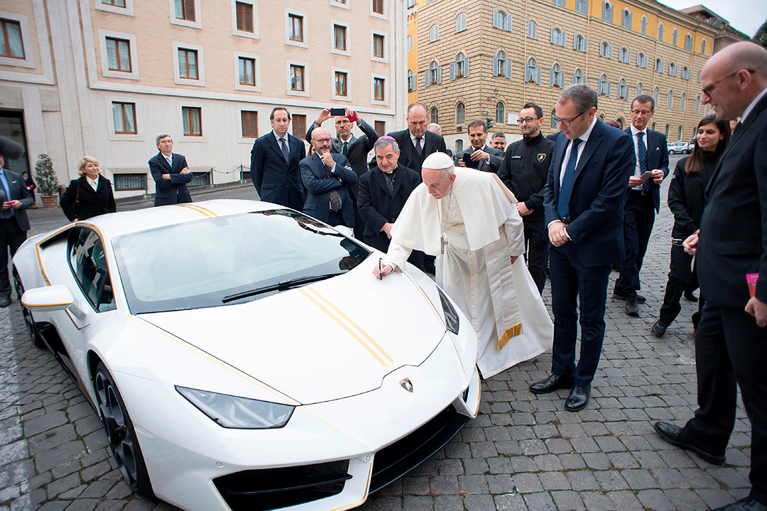 Lamborghini-do-Papa