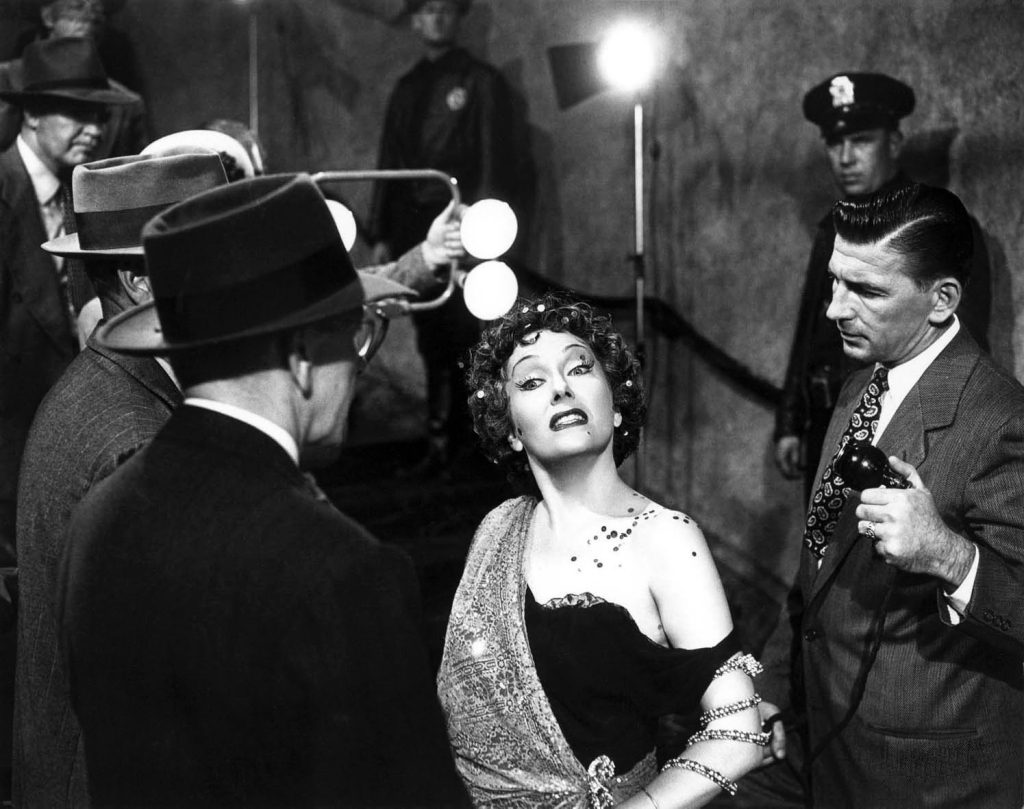 All right, Mr DeMille, I´m ready for my close-up - Norma Desmond em Crepúsculo dos Deuses