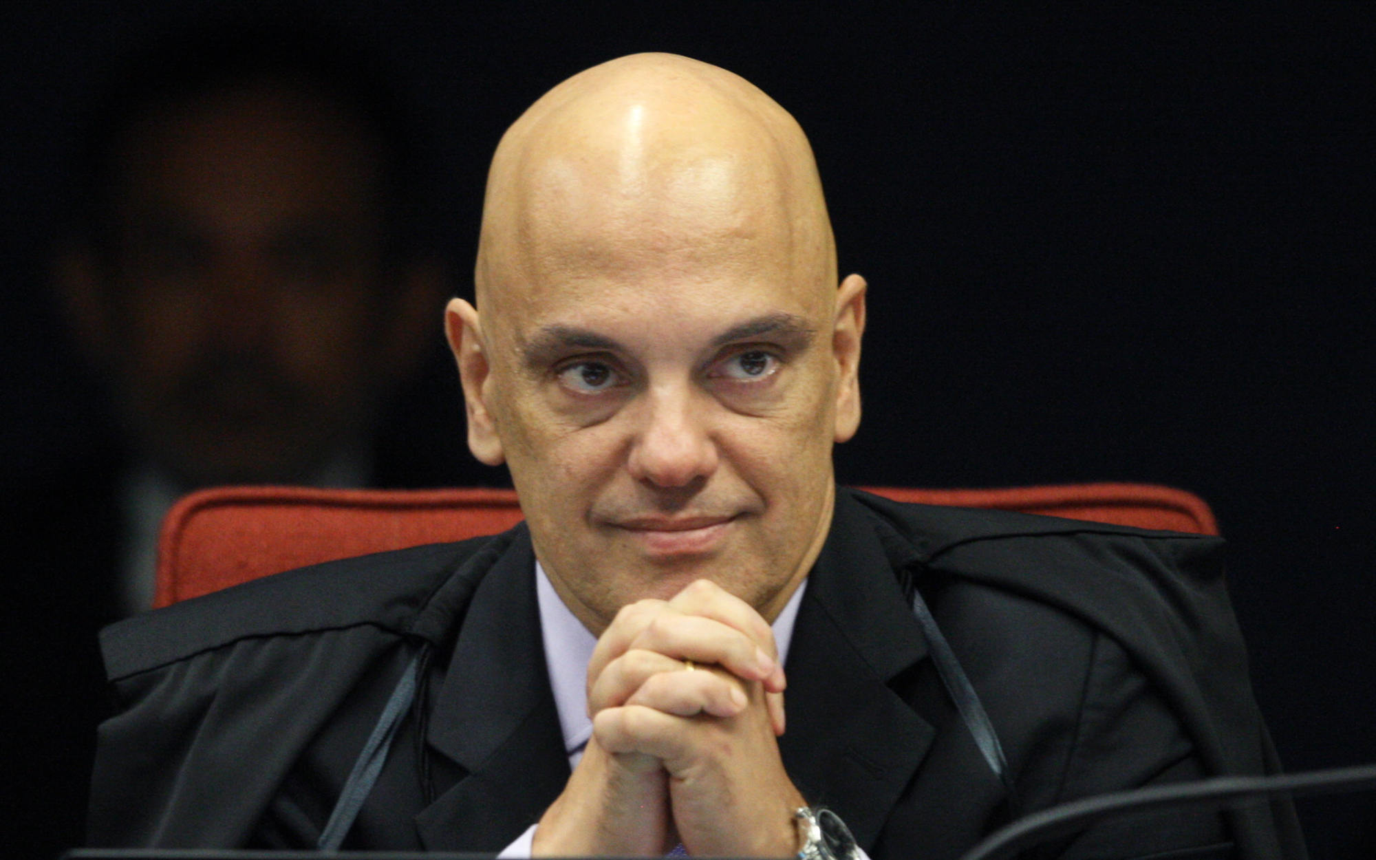 Decisão do ministro Alexandre de Moraes é classificada como censura